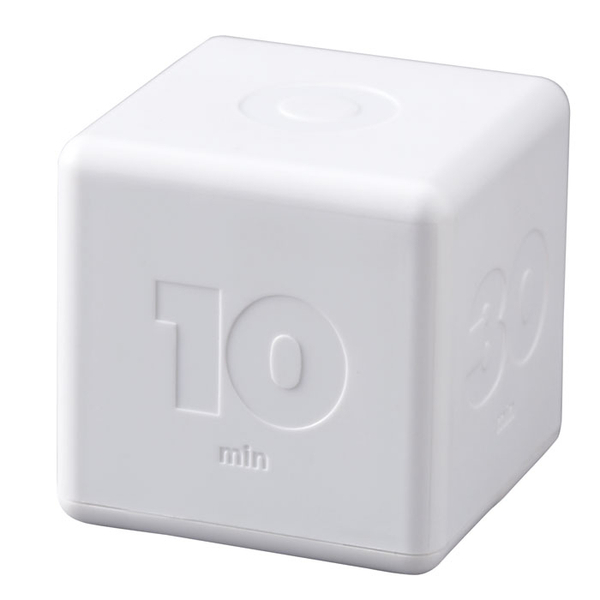 Idea_cubic_timer_white_front_view-sixhundred