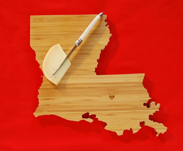 State_shaped_cutting_boards_1-sixhundred