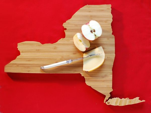 State_shaped_cutting_boards_7-sixhundred