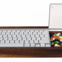 Ambidextrous Keyboard Tray on Wantist