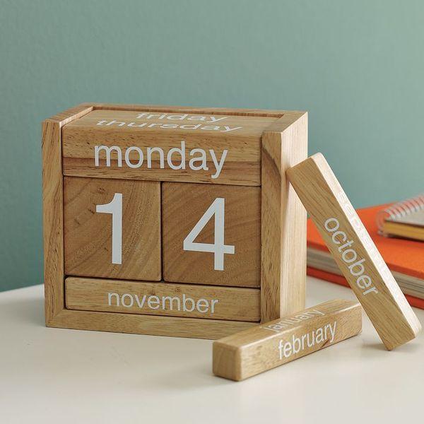Perpetual Calendar Wood : Perpetual calendar wooden blocks
