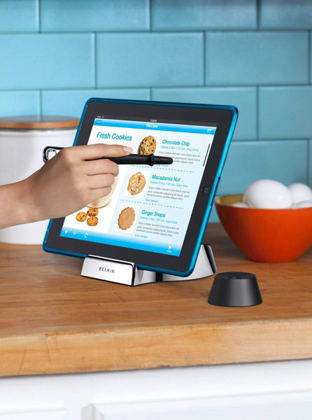 Belkin_chef_stand_for_tablets_7-sixhundred
