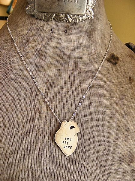 You_are_here_anatomical_heart_necklace_4-sixhundred