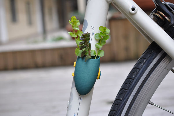 Bike Planter on Wantist