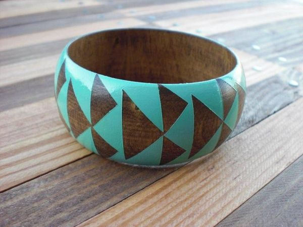 Stained_wood_bangles_by_voz_1-sixhundred