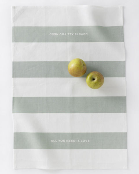 Love_set_tea_towels_by_studiopatr_6-sixhundred