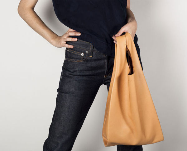 Leather_baggu_bag_1-sixhundred