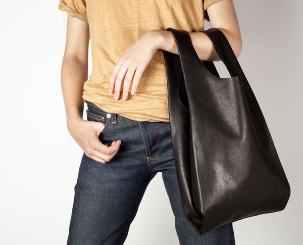 Leather_baggu_bag_5-sixhundred