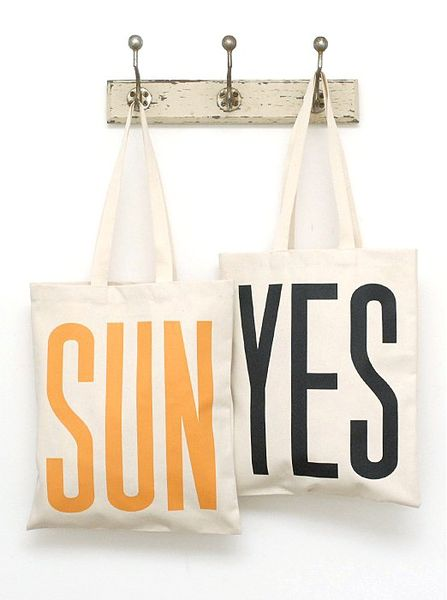 Sunshine_is_delicious_tote_bag_6-sixhundred