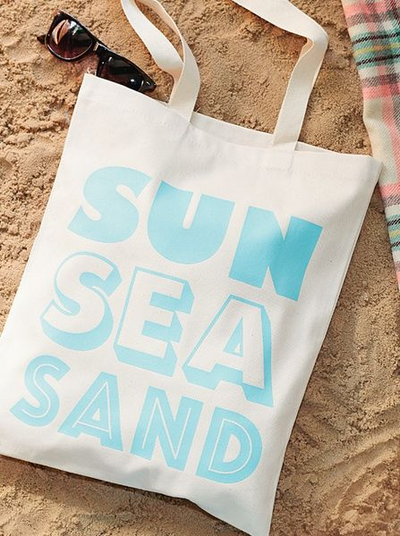 Sunshine_is_delicious_tote_bag_7-sixhundred
