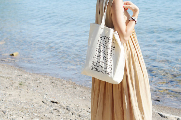 Endless Summer Tote by Fieldguided on Wantist