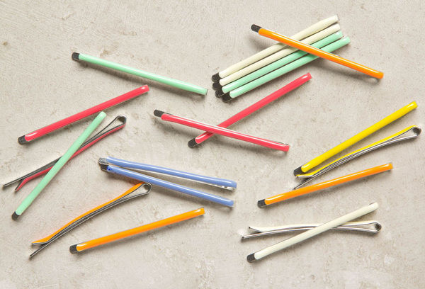 Bright Bobby Pin Set on Wantist