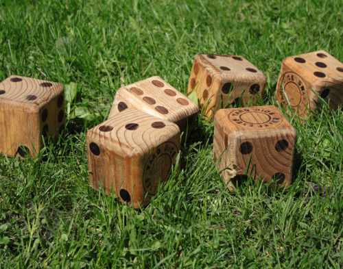 Wood Yard Dice by Snake Eyes on Wantist