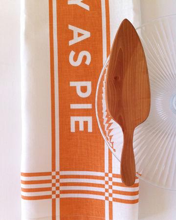 Easy As Pie Tea Towel Gift Set by Studiopatró on Wantist
