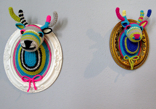 Crocheted_faux_taxidermy_by_manafka_mina_9-sixhundred
