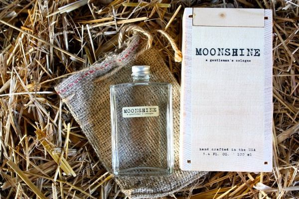 Moonshine Gentleman's Cologne on Wantist